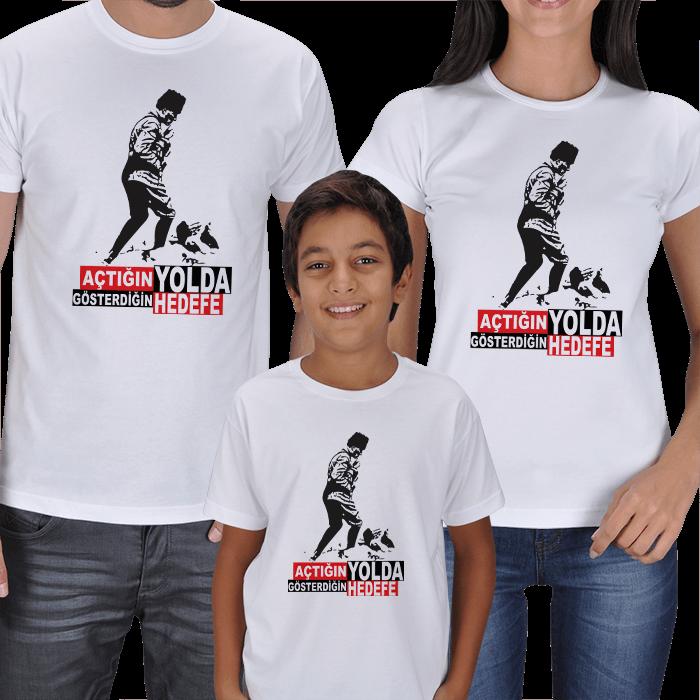 Atatürk Baskılı Anne Baba Çocuk Tişörtleri