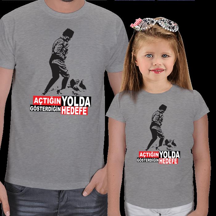 Atatürk Baskılı Baba ve Kız Çocuk Tişörtleri