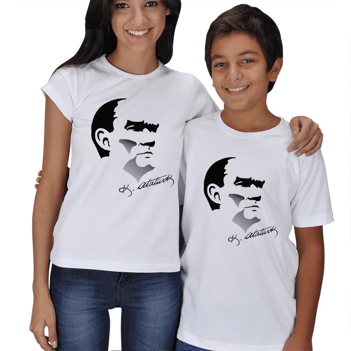 Atatürk ve İmzalı Anne Çocuk Tişörtü